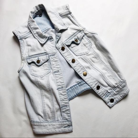 Nordstrom Jackets & Blazers - 3 FOR $15 RUBBISH Nordstrom Light Wash Vest XS EUC